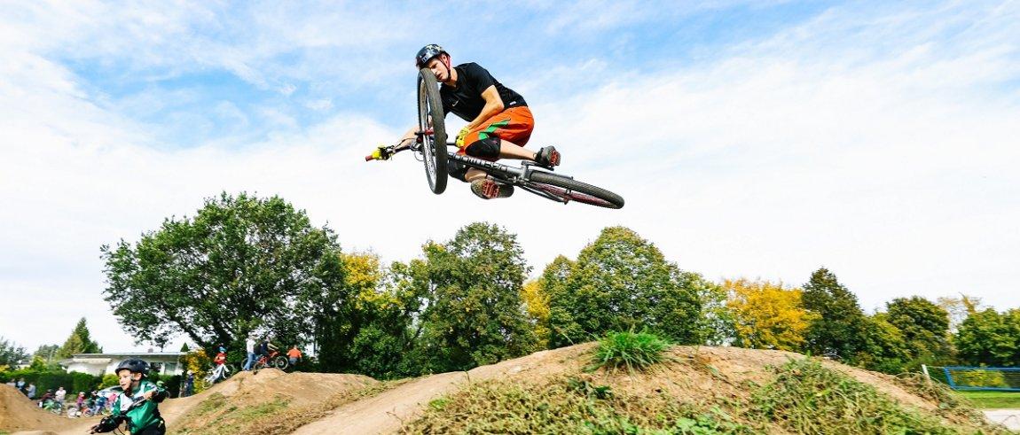 BMX-Strecke in Altdorf nach eineinhalb Jahren eingeweiht
