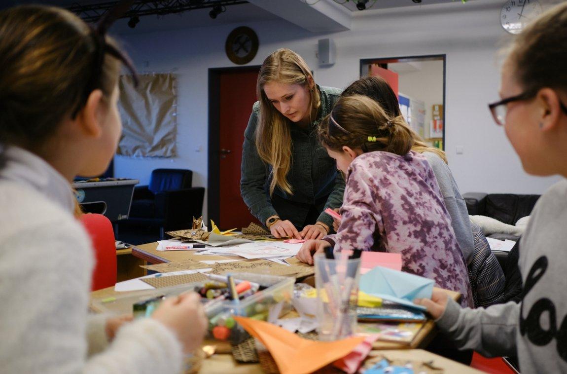 Im Mädchentreff im Holzgerlinger Jugendhaus sind junge Mädels für zwei Stunden unter sich