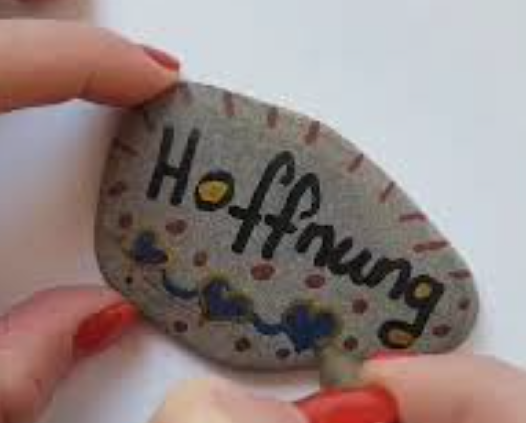 Steine bemalen mit Nina aus dem KIDZ Leonberg
