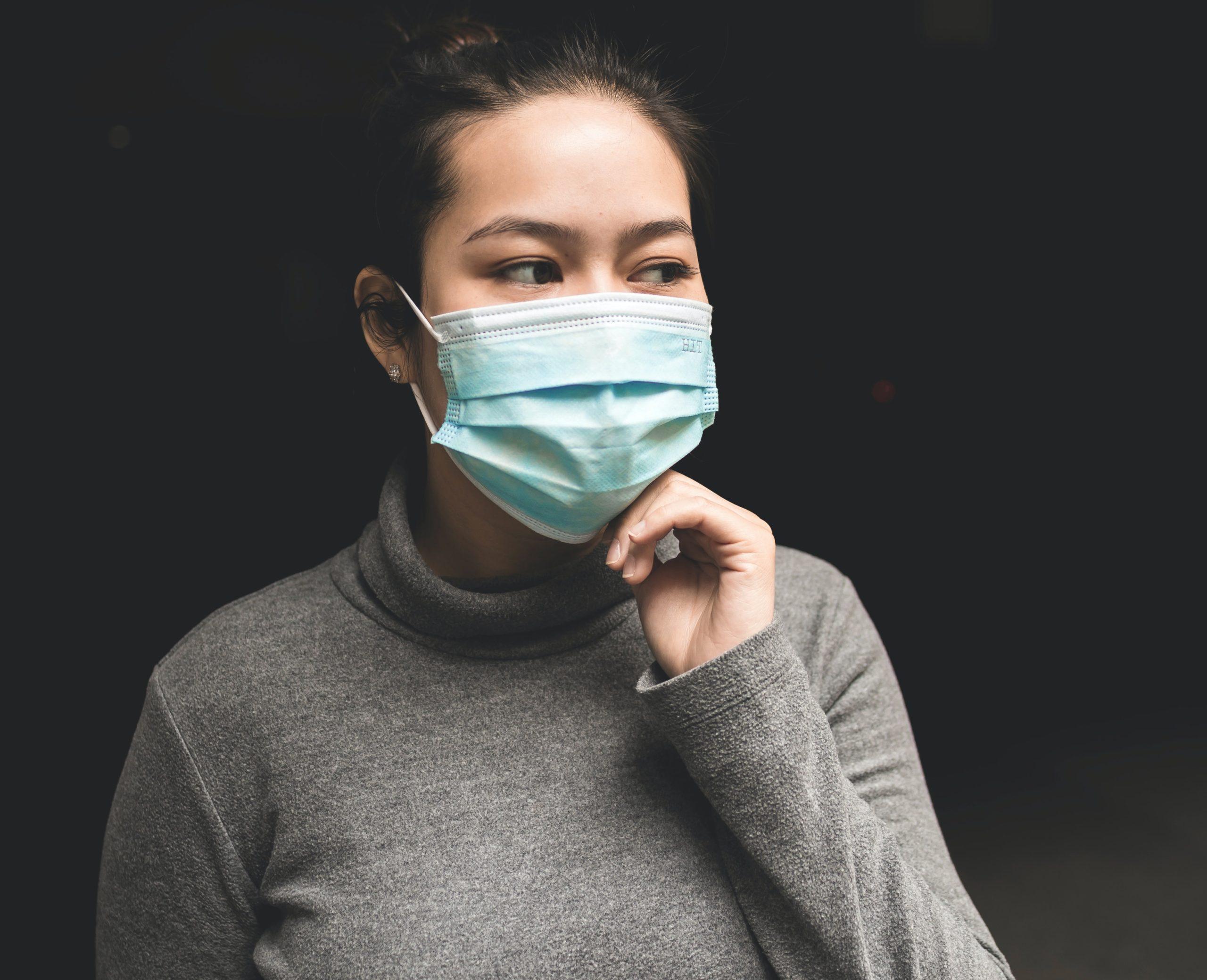 Medizinische Masken Anlegen – so geht's